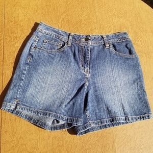 St. John's Bay Jean Shorts Stretch Size 8